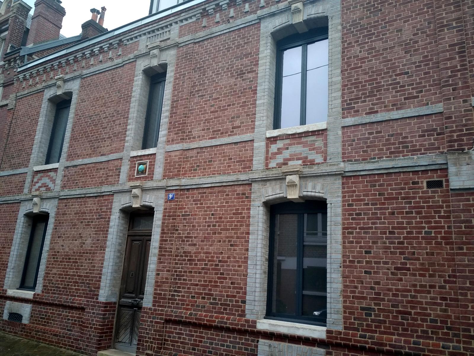 Artisan rénovation de façades en briques